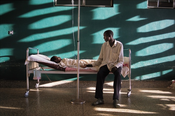 Uganda, 2001, Phaidon, Iconic Images, final book_iconic, final print_milan